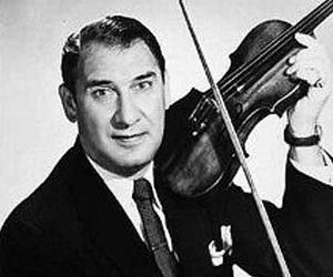 Henny Youngman was a comedian cum violinist famous for his rapid-fire one-liners. This biography of Henny Youngman provides detailed information about his childhood, life, achievements, works & timeline.