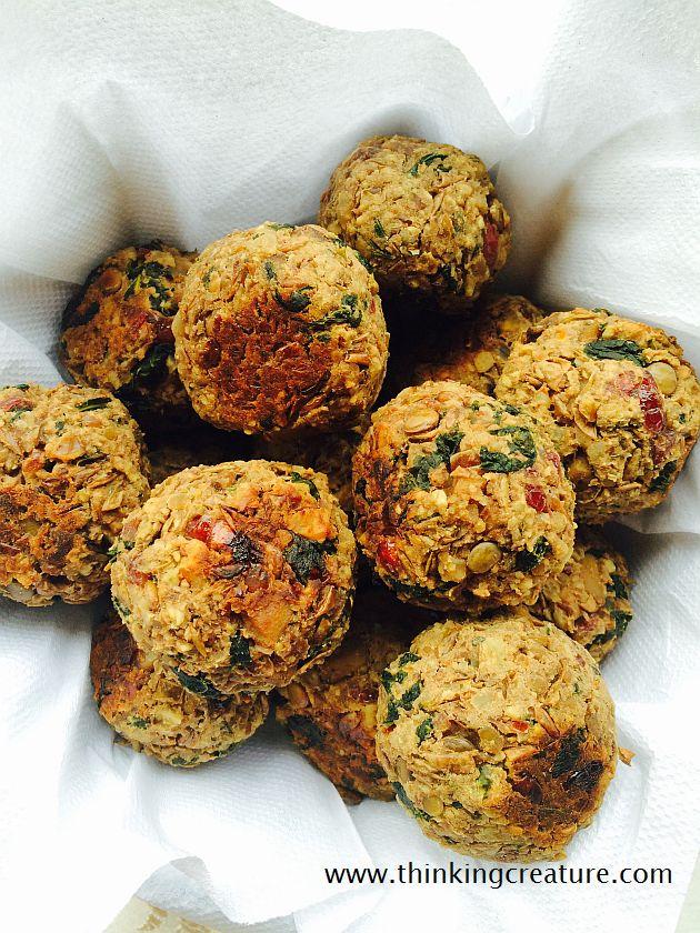 Чечевичные тефтели с грибами, орехами и клюквой