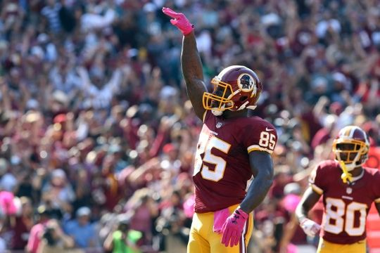 Eagles vs. Redskins:     October 16, 2016   -  27-20, Redskins  -      Oct 16, 2016; Landover, MD, USA; Washington Redskins tight end Vernon Davis (85) celebrates after catching a touchdown pass against the Philadelphia Eagles in the second quarter at FedEx Field. Mandatory Credit: Geoff Burke-USA TODAY Sports