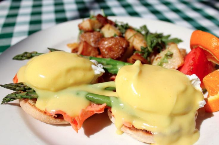 Fig Tree Cafe: A Pacific Beach, San Diego Restaurant. Known for Breakfast, Brunch, Lunch.