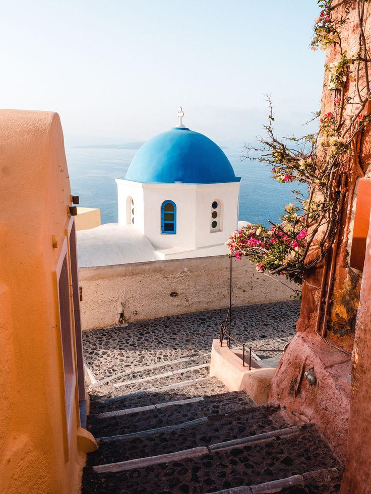 How To Properly Travel Santorini – Jeanette Dubois | Writer