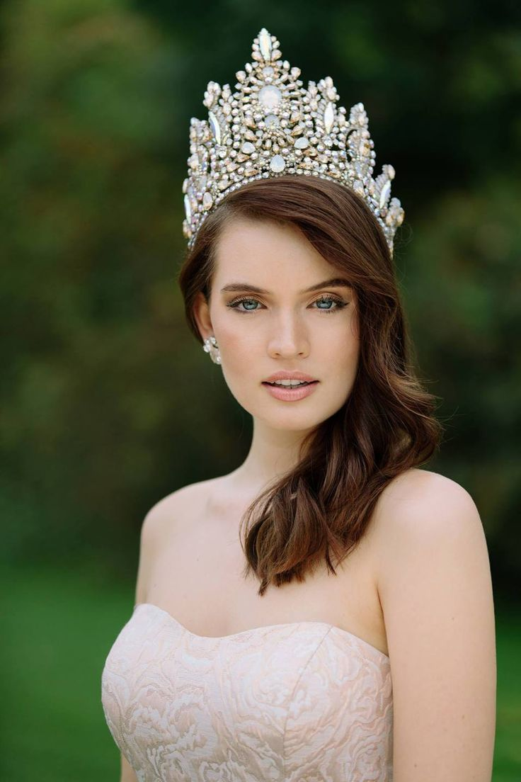 Sophia Koch is Miss Universe Germany 2017 | Cabelo