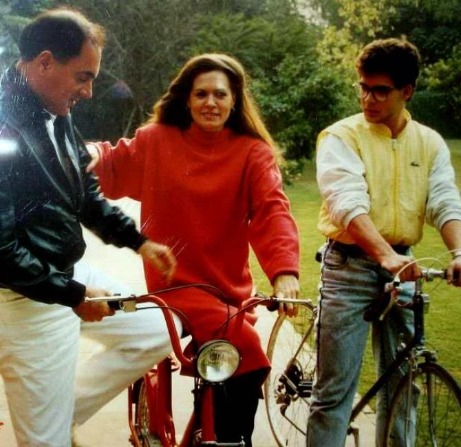 Image result for rajiv and sonia gandhi old pics