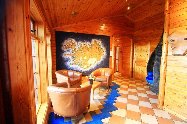 The interior of Hotel Ranga looks like a log cabin, everything is made of wood and it has some really nice and cozy touches which create a very relaxing atmosphere. And by the way, this is the first hotel in Iceland which has become a member of the internation hotel chain Great Hotels of the World
