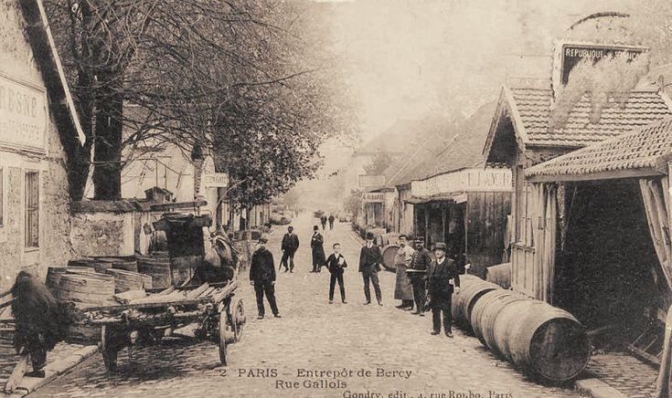La rue Gallois, une voie des Halles aux Vins... (carte postale, vers 1900)