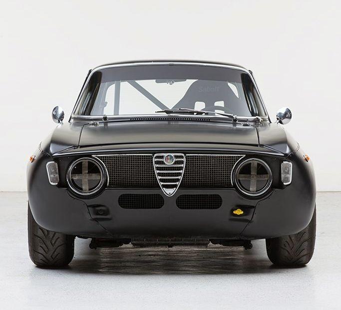 Alfa Romeo Giulia                                                       …