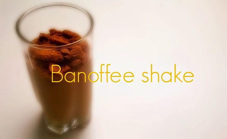 Banoffee shake http://jidlujeme.blogspot.de/2014/08/banoffee-shake.html