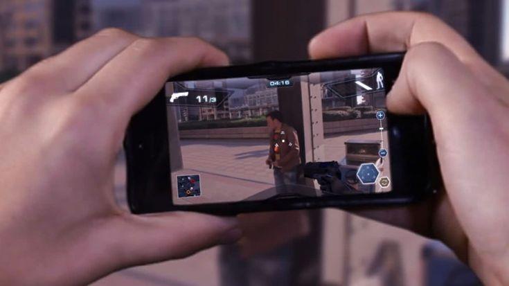 Il mercato del #videogame si sposta su #mobile. father.io #augmentedreality e #wearable cambiano le dimensioni spazio e tempo e rivoluzionano le #relazioni #mobile #startup #dotmug