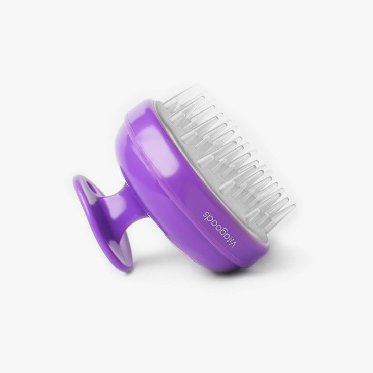 Experience the benefits of enhanced cleaning and deep relaxation with the Scalp Massaging Shampoo Brush. An enhanced scalp cleaning and exfoliating routine leaves the skin healthier, gently lifting away dead skin cells, whilst increasing the blood circulation to keep hair healthy and clean.