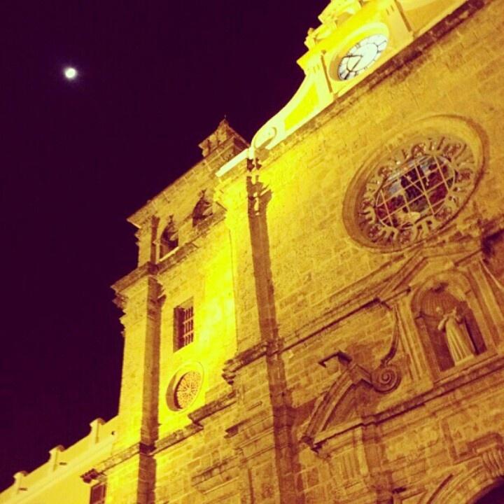 Cartagena. Más momentos que están es el mejor lenguaje las imágenes... #photographer #colombia #medellin #JoseSantamaria #love #pasion #josesantamaria.co #instagram #facebook #twitter #youtube #noticias #canon7D #instagood #photooftheday #iphoneasia #me #cute #girl #sky #beatiful #bestoftheday #JSFilms Conozca mi portafolio fotográfico en http://www.facebook.com/JSFilmsColombia