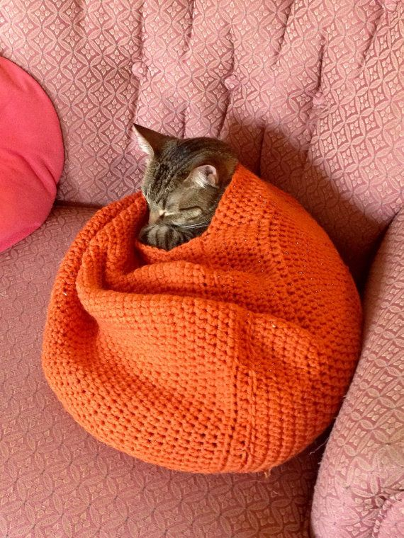 Crochet Cat Nest by SuperiorSistersUP on Etsy                                                                                                                                                                                 More