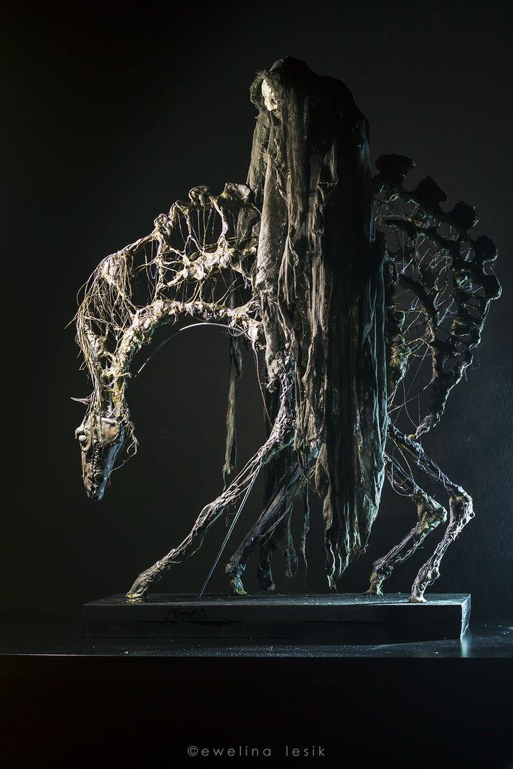 https://ewelinalesik.wordpress.com/rzezba-sculpture/smierc-death/