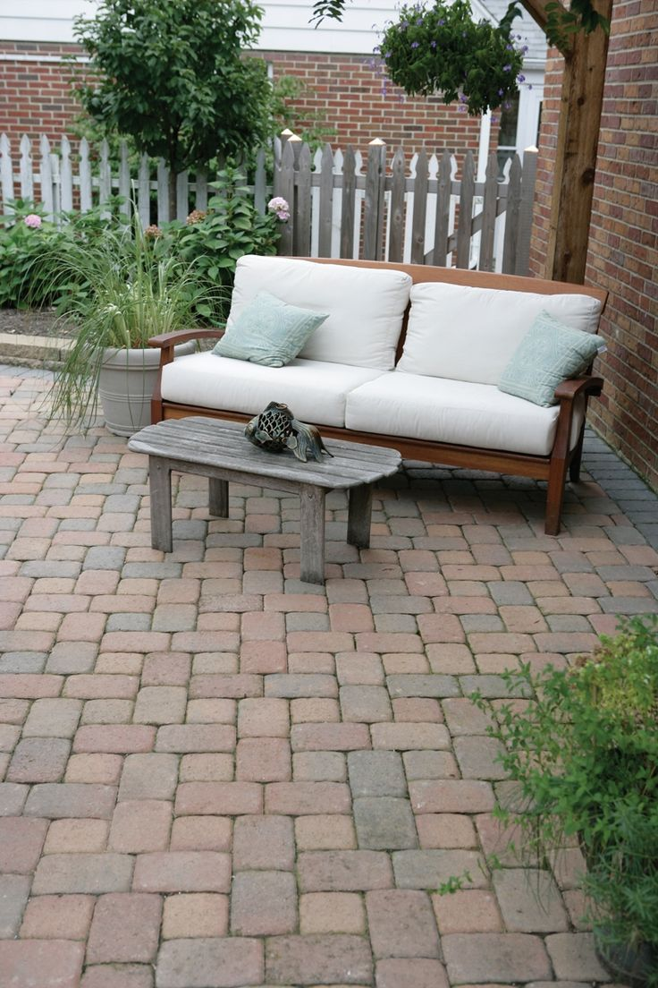 Relax On Your New #patio | Pavestone Plaza Old Town Blend #pavers #patio
