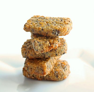 Cheesy Flax & Chia Seed Cracker BreadChia Seeds Low Carb, Low Carb Chia Seeds Recipe, Cheesy Flax, Lowcarb, Magic Bullet, Crackers Breads, Chia Crackers, Seeds Crackers, Gluten Free
