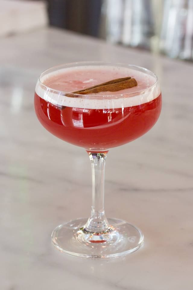 Mélange Rouge - cranberry juice, apple allspice syrup and ginger beer (non-alcoholic) — at Luma. #Toronto #restaurant #cocktails #food