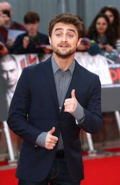 "Daniel Radcliffe Photos Photos - Daniel Radcliffe arrives for the Empire Live: ""Swiss Army Mam"" & ""Imperium"" double bill gala screening at Cineworld 02 Arena on September 23, 2016 in London, England. - Empire Live: 'Swiss Army Mam' & 'Imperium' - Double Bill Gala Screening - Red Carpet Arrivals"