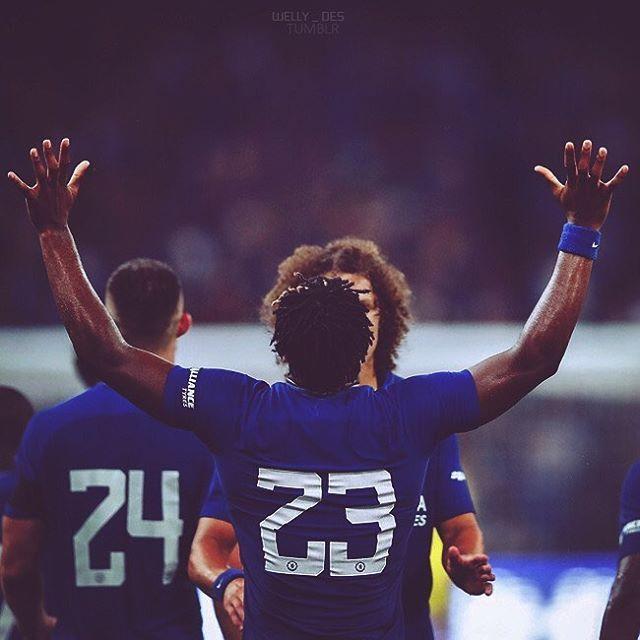 "Like + Comment = ❤️  Tag your friends 👥  Follow ( @welly_des ) for more 💛    ___  #Football , #Futbol , #Soccer , #RealMadrid , #Barcelona , #BayernMunchen , #Chelsea , #Casillas , #Messi , #LeoMessi , #Cristiano , #Ronaldo , #CristianoRonaldo , #Cr7 , #Neymar , #Bale , #Mancity , #Manchesterunited #Rooney, #ChampionsLeague , #ميسي , #رونالدو , #ريال_مدريد , #برشلونة , #Like4Like , #Instagood, #likes4like , #Chelsea ,"""