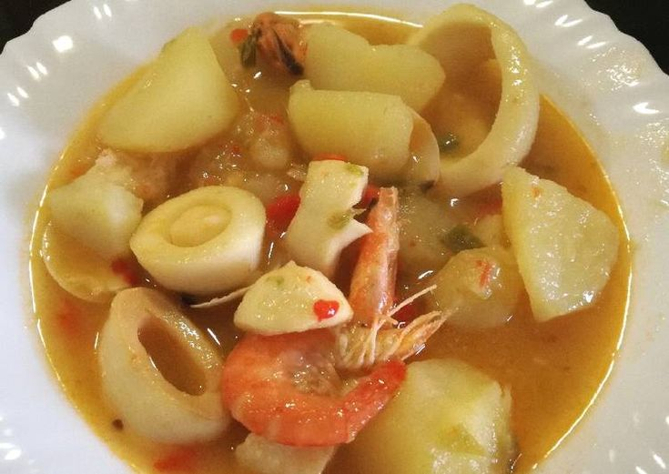Guiso de calamares con patatas