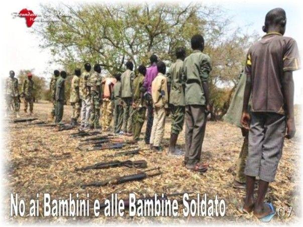 """Campagne Informative e di Sensibilizzazione """"No ai Bambini e alle Bambine Soldato"""" - https://www.facebook.com/Foundation4Africa/photos/a.655838154488546.1073741830.655775184494843/822026231203070/?type=3&theater"""