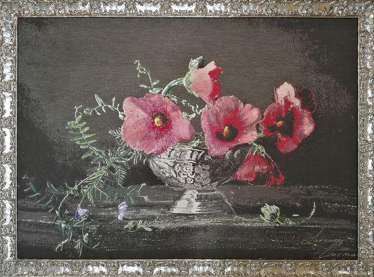 PETALI DI CRISTALLO anno 2015 148 x 205 cm petali di cristallo è realizzata su una base di maglieria jaquard, successivamente dipinta a mano con colori per tessuti ad acqua impreziosita con oltre 13000 cristalli #swarovski