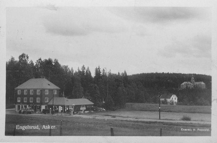 Asker Engelsrud Akershus fylke V. Fosvold systue og landhandel Dikemark sykehus i bakgrunnen Foto: Enerett V. Fosvold