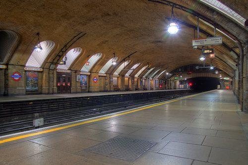 Baker Street, London Tube   Flickr - Photo Sharing!