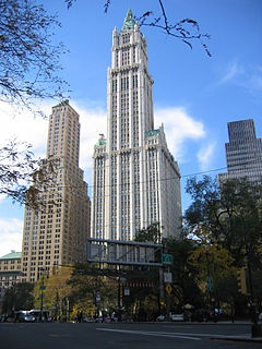 Woolworth Building (New York) 241 m.  1913-1930