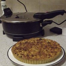 Apple Pie (via Remoska South Africa)
