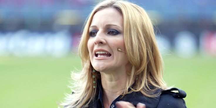 A bit unfair,I think!                                                      Daily Mail Columnist Calls Female Sports Presenters 'Blonde Bimbos'