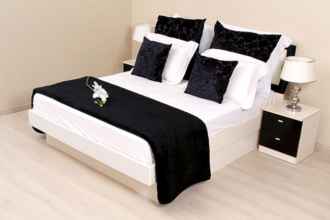 Black Hotel Blanket