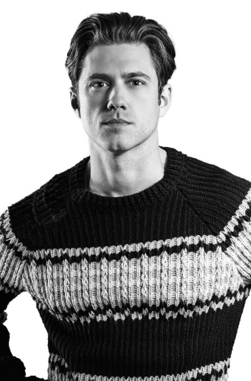 For more Aaron Tveit CLICK HERE