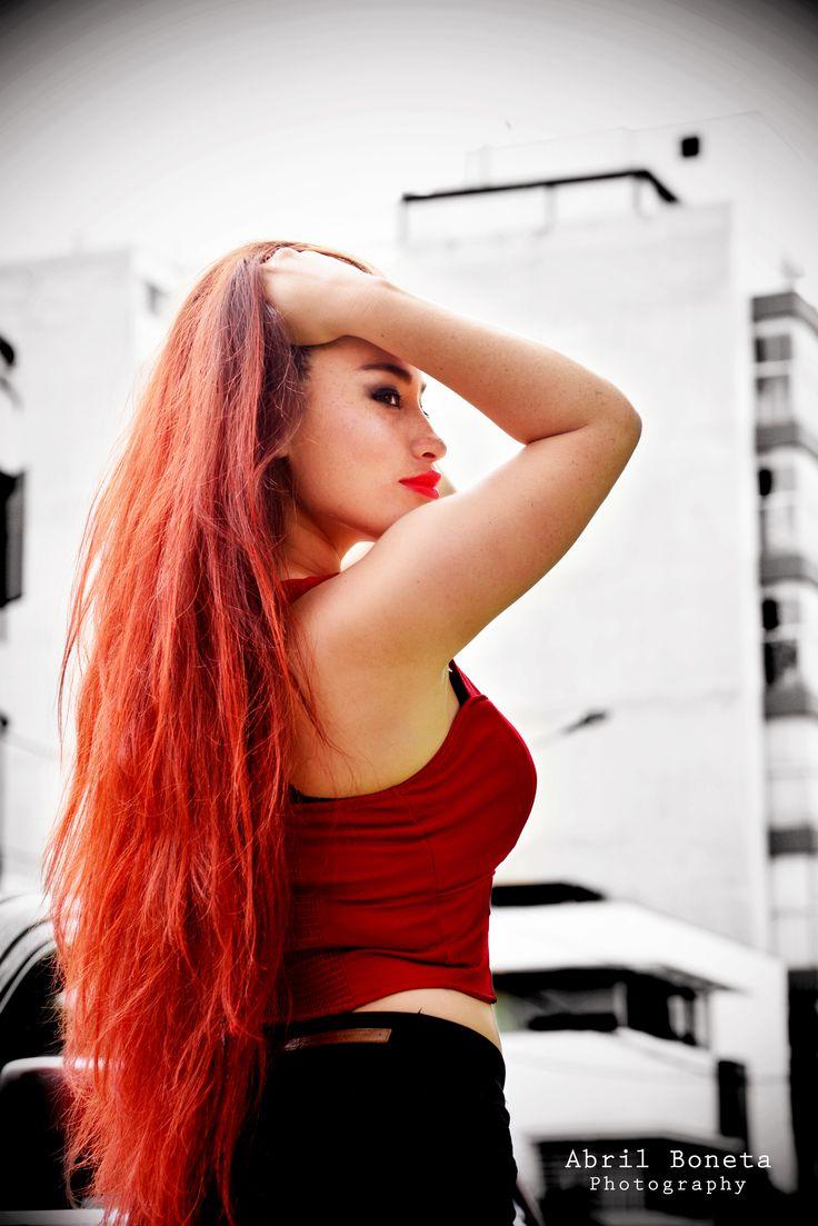 agencia masaje cabello rojo