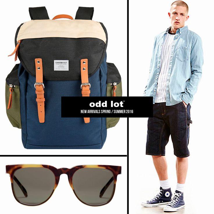 Sandqvist - Backpack Komono - Sunglasses Carhartt - Shirt & Shorts