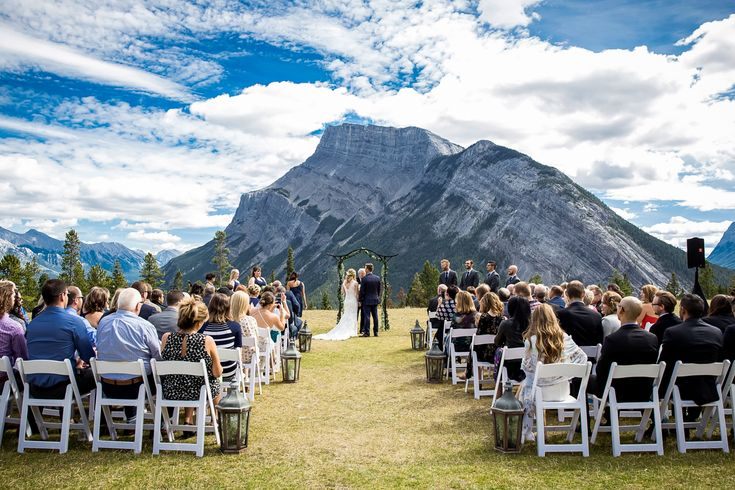 Banff Summer Wedding at Tunnel Mountain Reservoir followed by a beautiful rustic reception at the Buffalo Mountain Lodge! Banff mountain wedding.