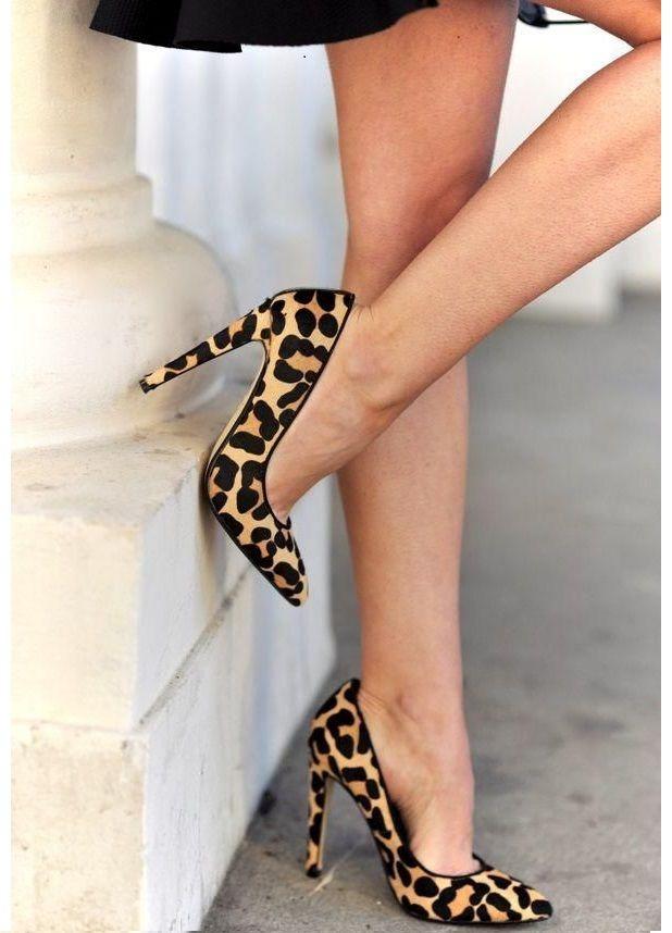 Como Usar Scarpins para o Verão - Sapatos Femininos  http://viroutendencia.com/2014/12/04/como-usar-scarpin-no-verao/