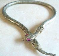 Vintage Adjustable Length Snake Choker Necklace.