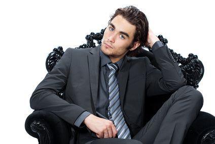 Vestito nero camicia grigia