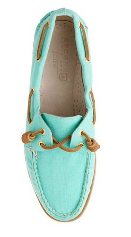 Sperry Top-Sider for JCrew...not really a Sperry-kinda-girl, but this def caught my eye.