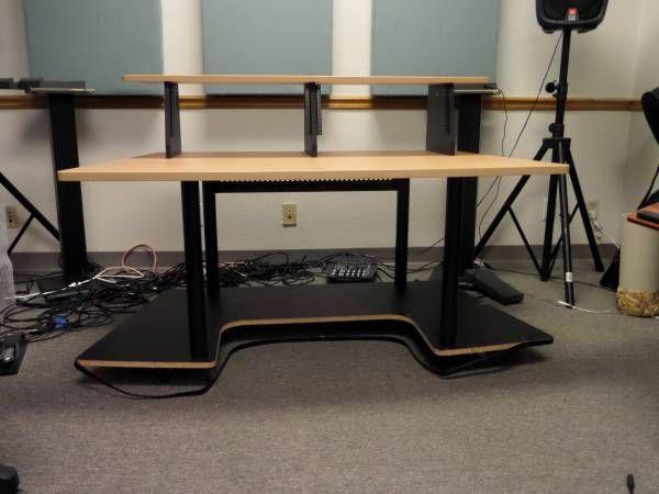 Desk For Recording Studio W 8 Rackmount Es