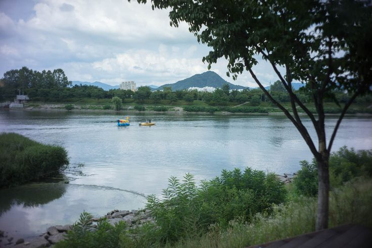 Chuncheon: View from lakeside