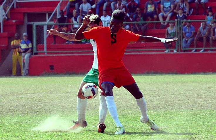 """The adjective """"depauperados"""" does not need much explanation a prayer for the #Cuban league of #soccer. #OnCuba #Cuba #health #fitness #fit #fitnessmodel #fitnessmodel #fitnessaddict #fitspo #workout #bodybuilding #cardio #gym #train #training #photooftheday #health #healthy #instahealth #healthychoices #active #strong #motivation #sport #lifestyle #determination #diet #getfit"""