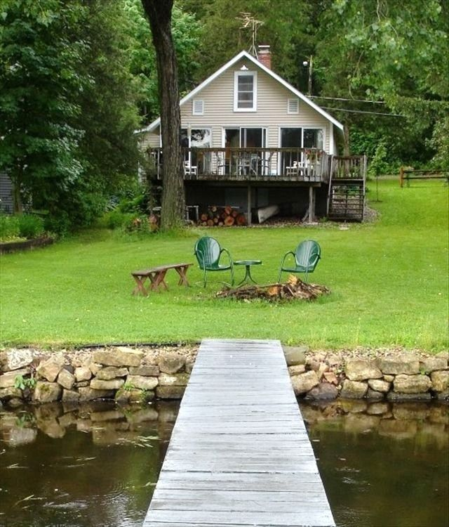 Poynette Vacation Rental - VRBO 84743 - 2 BR Lake Wisconsin Cottage in WI, Cottage W/ River  Nature - Relax W/Fireplace, Birds, Hot Tub!
