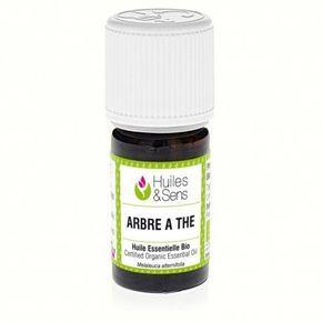 L'huile essentielle d'Arbre à thé bio (tea tree bio) est anti-infectieuse, antivirale, anti-parasitaire. Indications en aromathérapie : abcès, imperfections peaux jeunes (type boutons), infection de la muqueuse buccale (type aphte), maux de gorge, pellicu