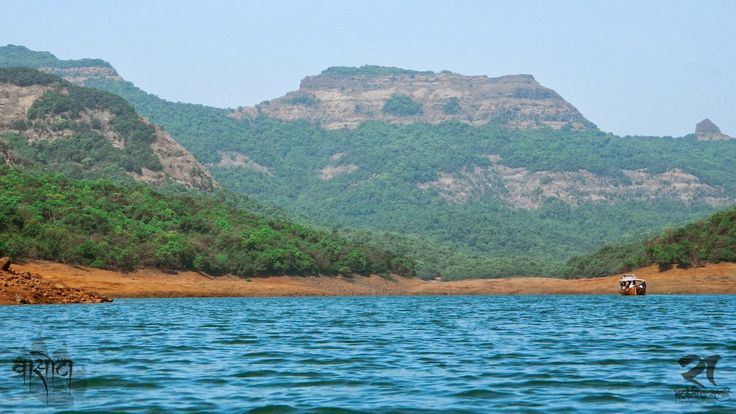 """Vasota Fort Trek >>>  Vasota is fort Situated in dense forest Surrounded by river. This fort is also known as #Vyaghragad"""". Fort is located near #Bamnoli Satara, the height of this trek from Sea level 3842 Feet. Vasota is counted as one of the best trek in Sahyadri being Situated in Koyana region it offers amazing surprises by wildlife lovers.  #VasotaFortTrek   #Treks   #trekking   #Maharashtra"""