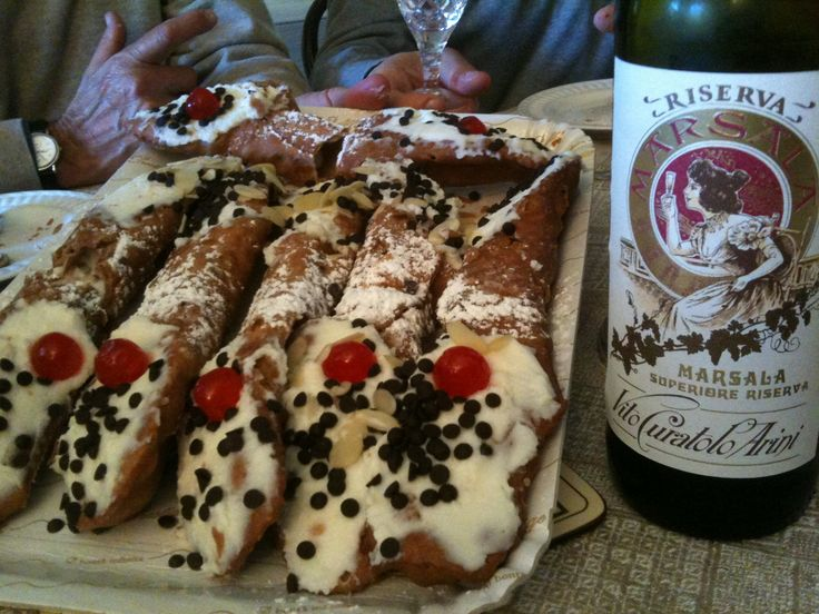 Cannoli & Marsala: best combination ever! #marsalalover #winelover #foodlover