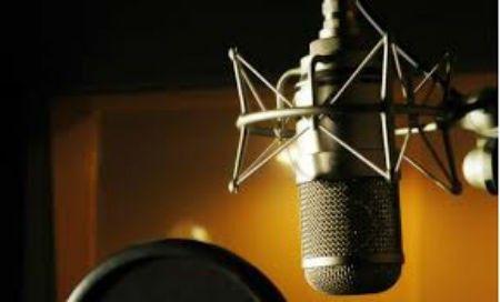 Fundação da Rádio Comunitária Liberdade FM.