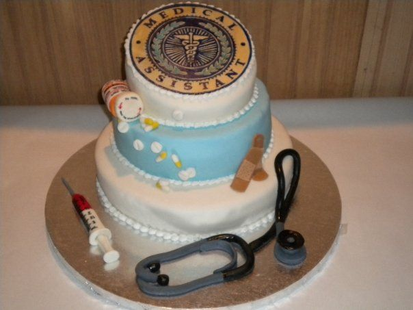 Medical assistant cake. by Ana Paz85, via Flickr   i would have loved this cake for graduation......