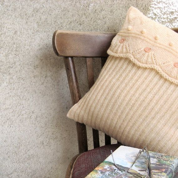 Knit Pillow Antiquewhite Bed Settee Home Decor Classic by margity, $48.00