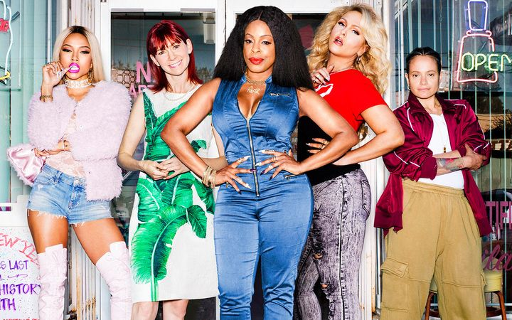 Learn about Twitter to stream its first basic cable drama: TNT's 'Claws' http://ift.tt/2r11L29 on www.Service.fit - Specialised Service Consultants.