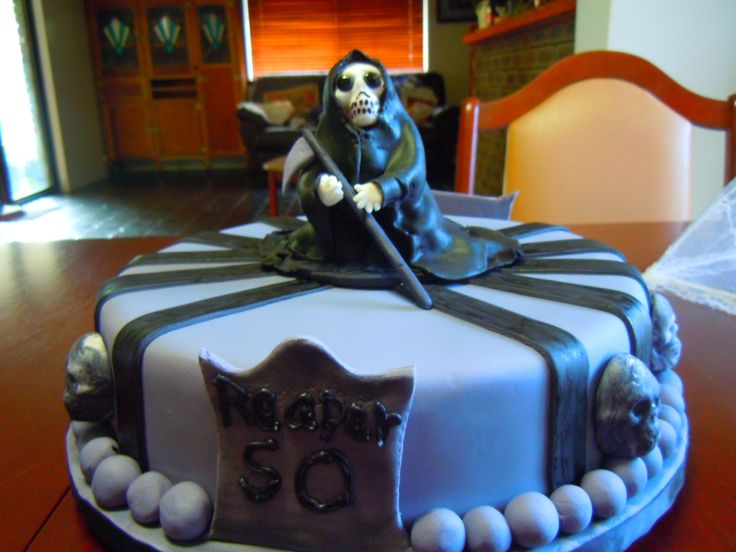 H0w cool is my grim reaper cake